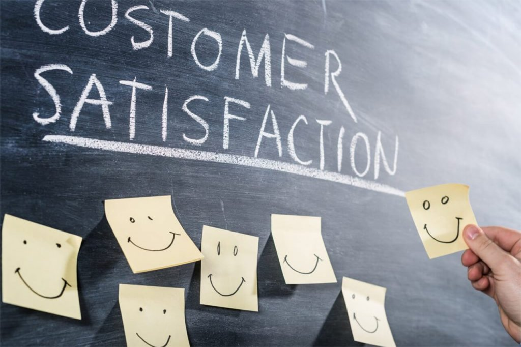 Customer Satisfaction Blackboard with Post-its