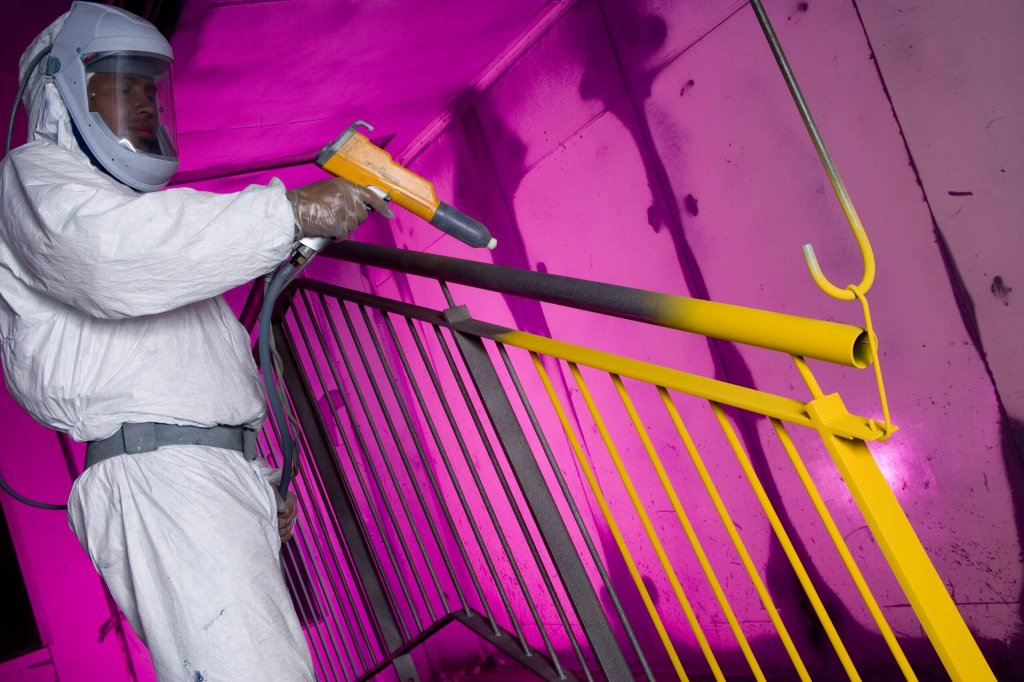 Powder Coating in-action - Yellow/Pink