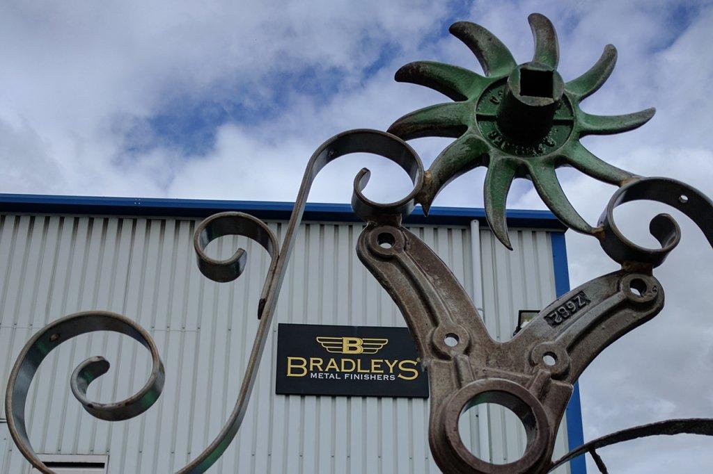 Bob Dylan Gate 05 & Bradleys Logo